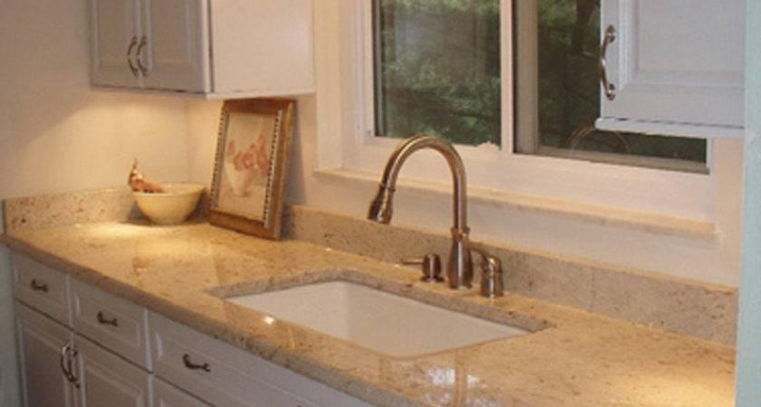 Galley Kitchen Layout Design Afreakatheart