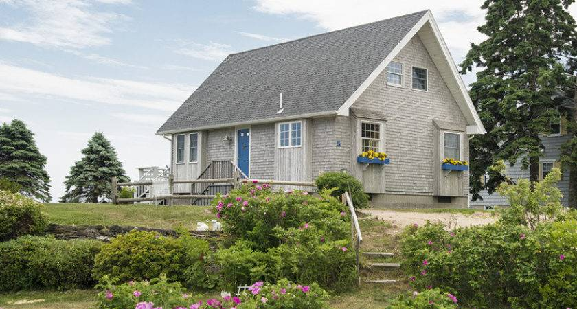 Goose Rocks Beach Cottage