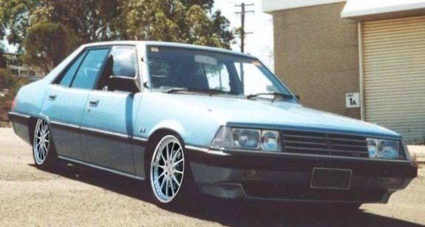 Hellasman Ford Fairmont Melbourne