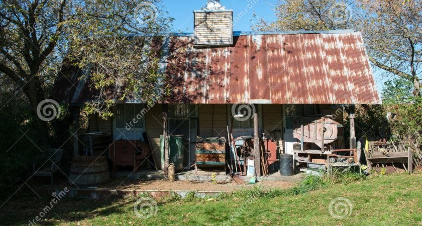 Hillbilly Mountain Cabin Shack