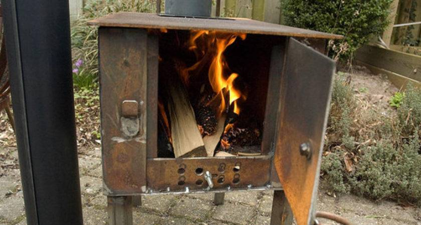 Homemade Wood Stove Keeps