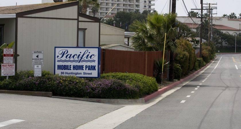 Huntington Beach Drops Rent Control Measure Mobile
