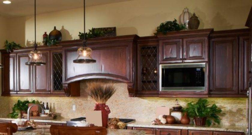 Ideas Decorating Above Kitchen Cabinets Lovetoknow
