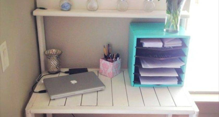 Ideas Useful Pallet Desk Recycled Pallets