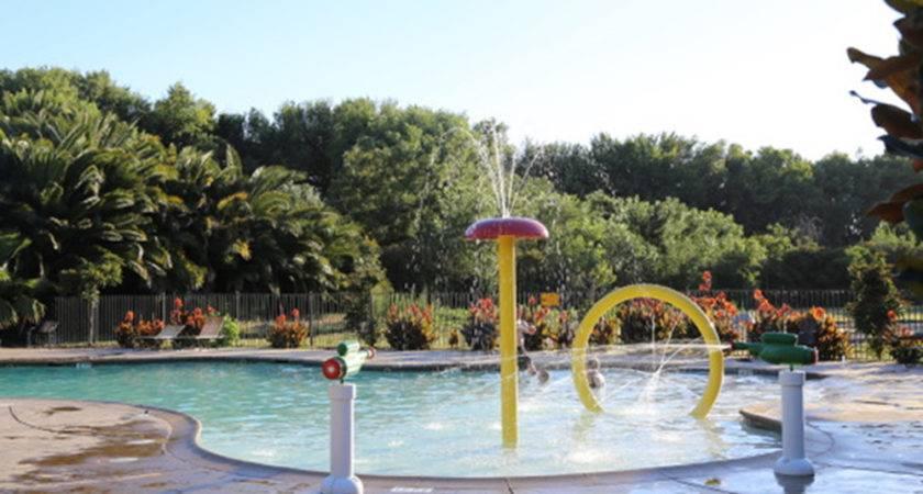 Jellystone Park Camp Resort Tower Lodi
