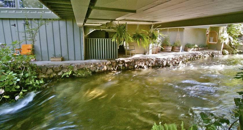 Kaweah Falls Vacation Home River Runs Through