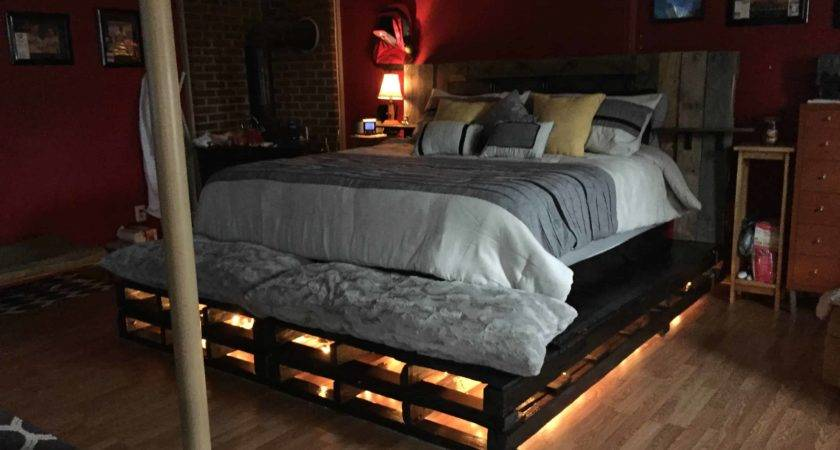 King Pallet Bed Pallets
