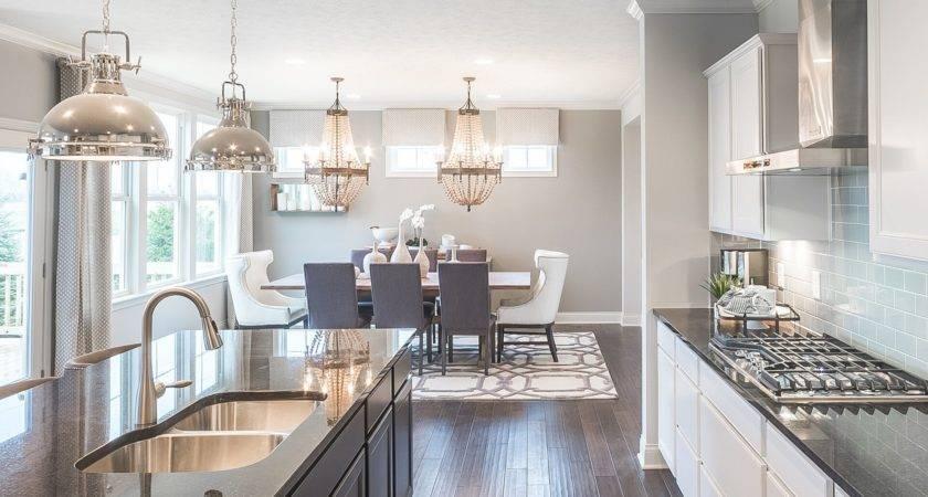 Kitchen Design Trends Take Model Homes