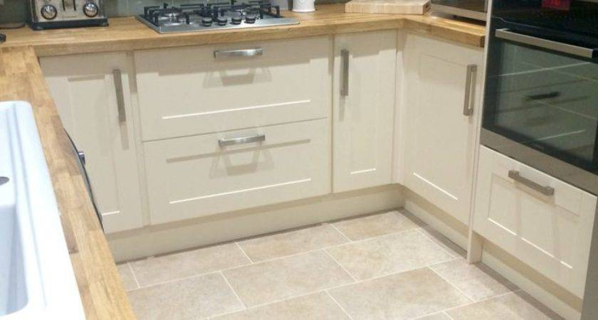 Kitchen Laminate Flooring Ideas Bestsciaticatreatments