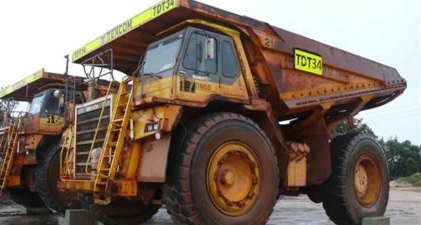 Komatsu Mine Truck