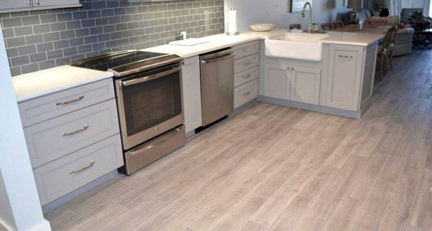 Laminate Flooring Looks Like Ceramic Tile