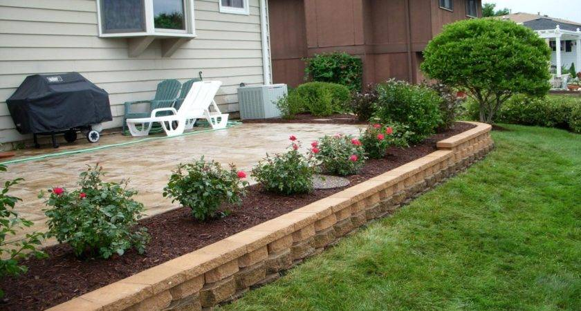 Landscaping Around Patio Front House