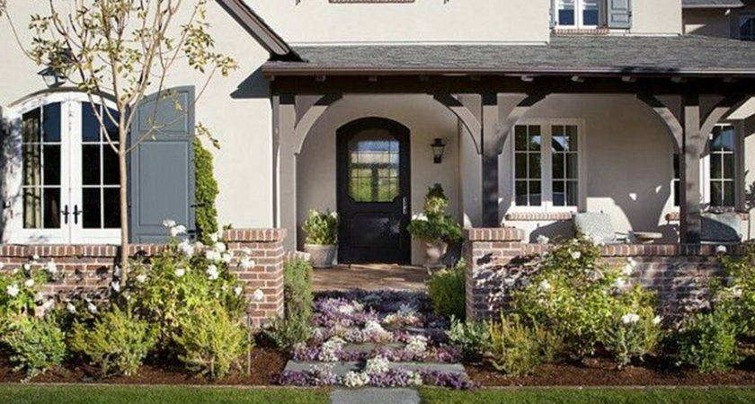 Landscaping Western Style House Exterior Designs Ideas