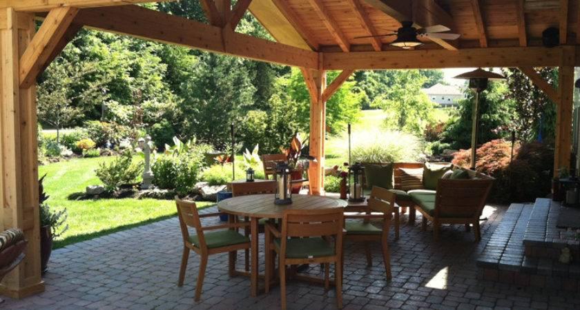 Let Sun Shine Through Open Porch Design