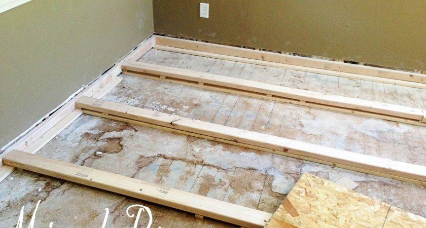 Level Wooden Floor Laminate