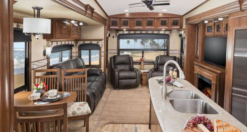 Living Room Pinnacle Fifth Wheels Collection