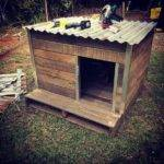 Low Cost Wooden Pallet Doghouse
