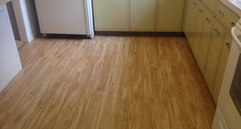 Luxury Light Brown Vinyl Tile Wood Flooring Kitchen Design