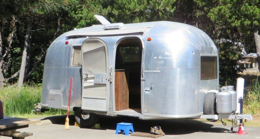 Makeover Vintage Airstream Sweet Cottage