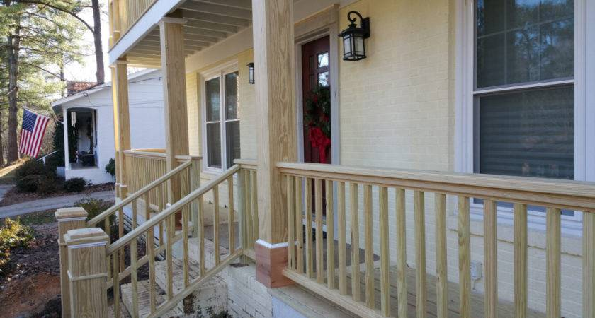 Manage Front Porch Railing Your House