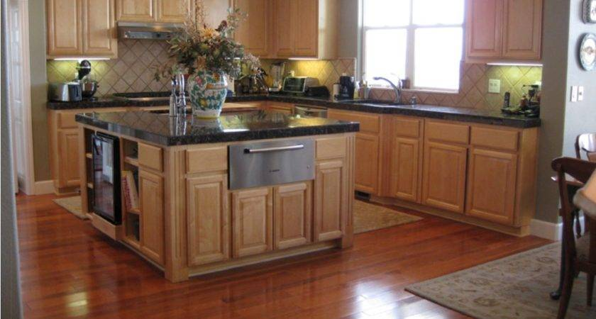 Maple Cabinet Black Granite Countertop Shining