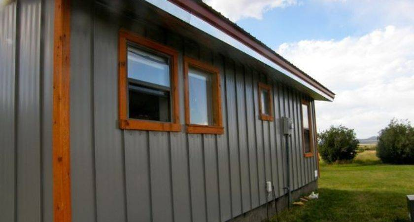 Metal Siding Exterior House Nake Knits