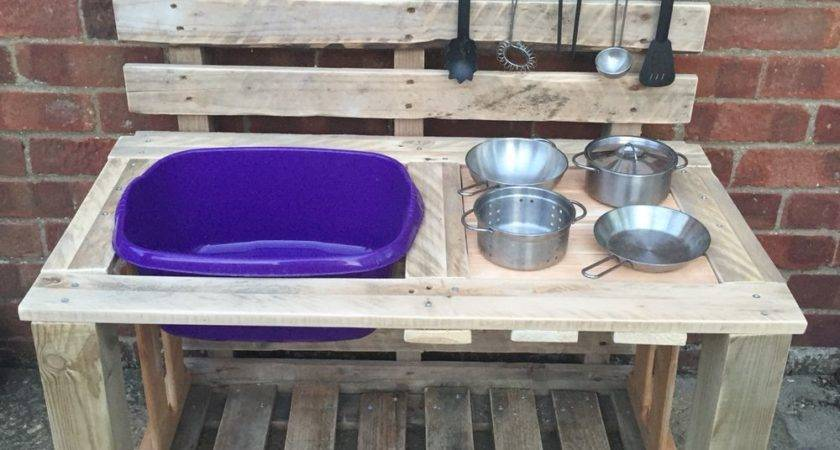 Millie Mud Pie Kitchen Made Old Pallets Outside
