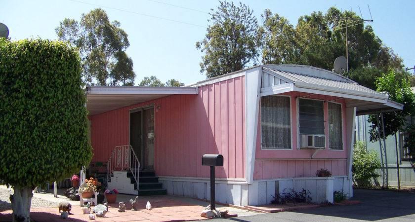 Mobile Home Pink White Tiki Lisa Flickr