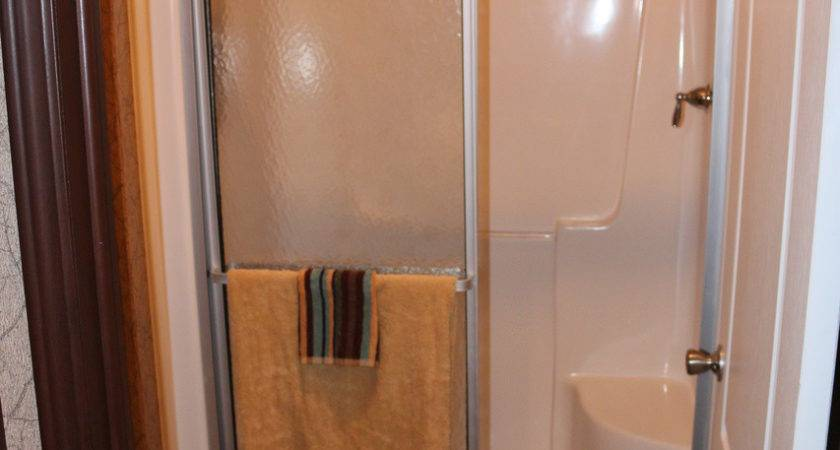 Mobile Home Shower Doors Decor Takcop