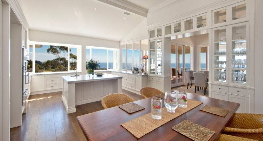 Modern Beach House Decor Style Ideas
