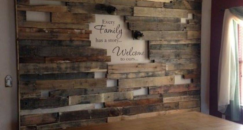 Most Unique Wood Pallet Wall Decoration Living Room