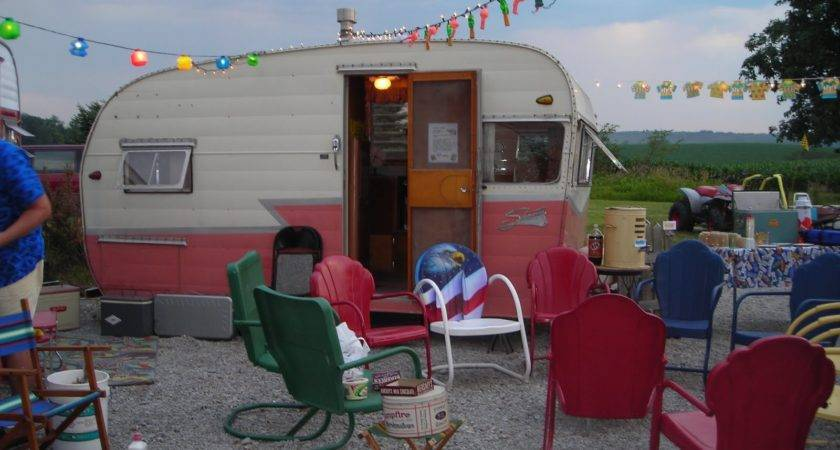Nancy Vintage Trailers