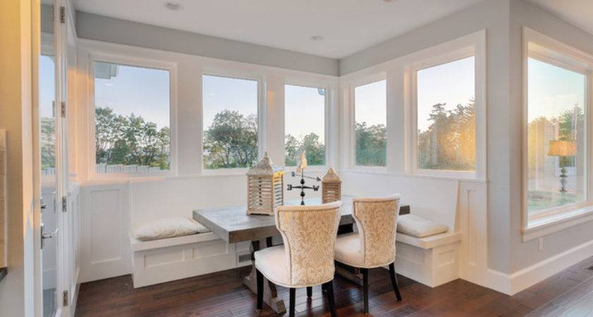 Nantucket Show Home Traditional Dining Room