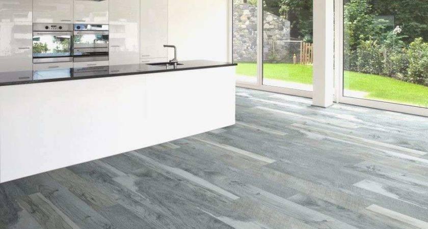 New Laminate Flooring Bathroom Grade