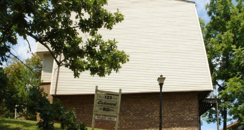Oakwood Charleston Rentals