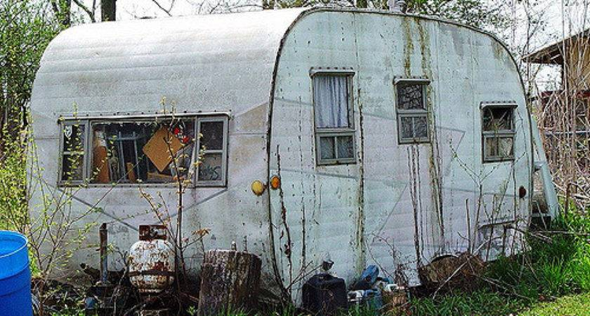 Old House Trailer Grafton Illinois Lita