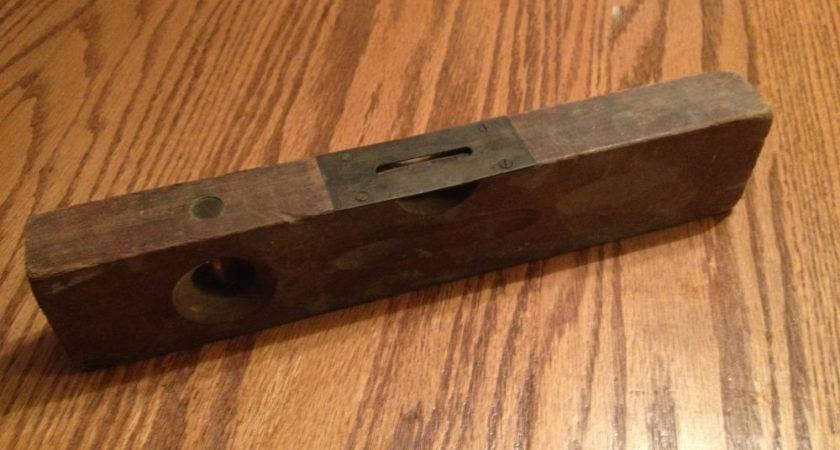 Old Vintage Atlas Tool Wood Level Antique Carpenter