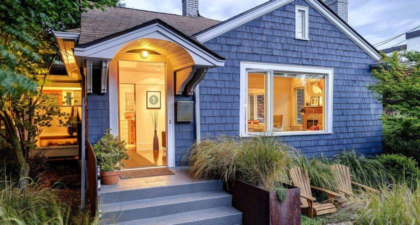 Painting Cedar Siding Guide Finishes Primers Timing