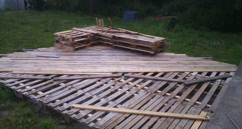 Pallet Deck Workinprogress Recycled Pallets Ideas