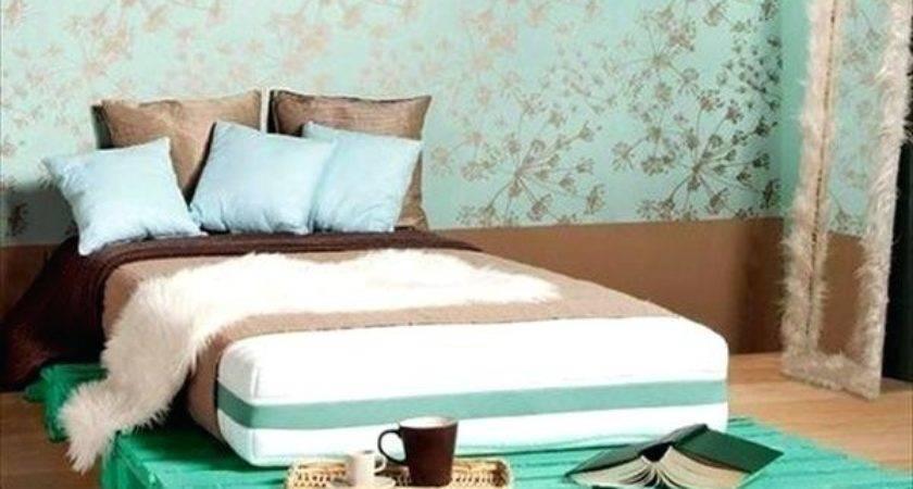 Pallet Furniture Bed Diy Queen