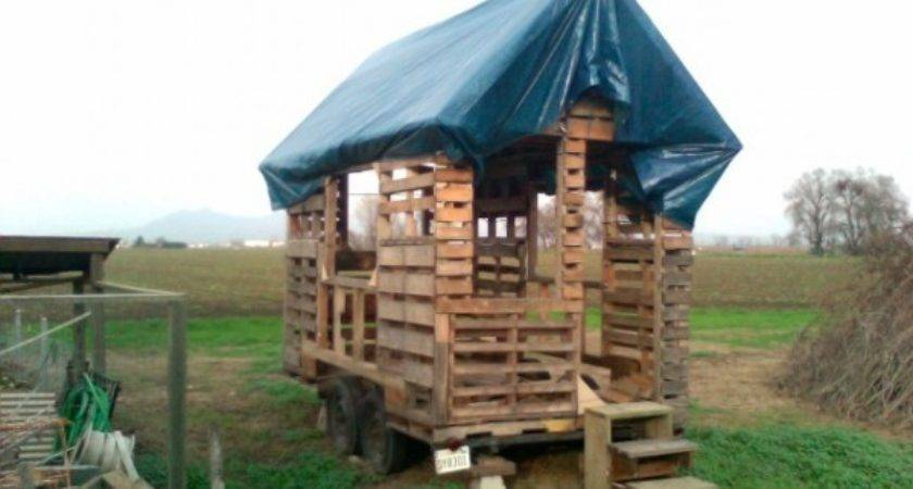 Pallet Houses