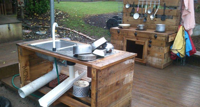 Pallet Kitchen Near Our Sandpit Diy Pinterest