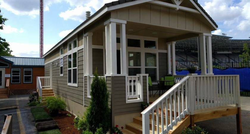 Paradise Manufactured Home Floor Plan