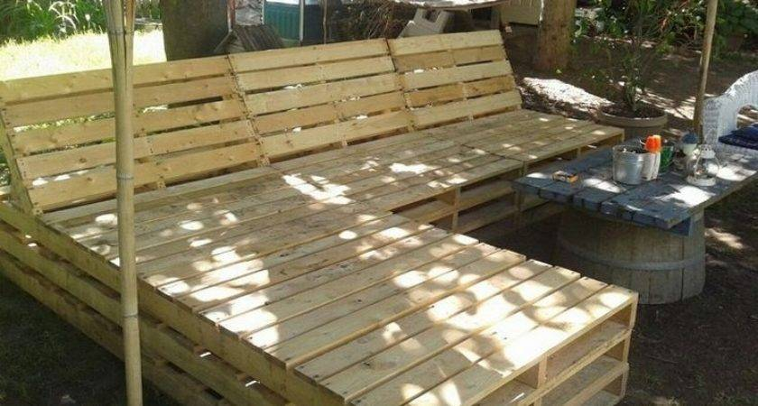 Patio Furniture Made Out Wooden Pallets