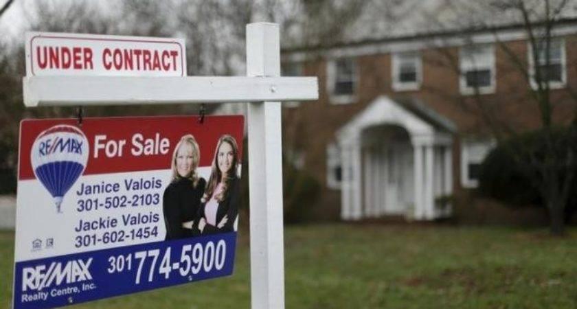 Pending Home Sales Drop Month Low November Reuters