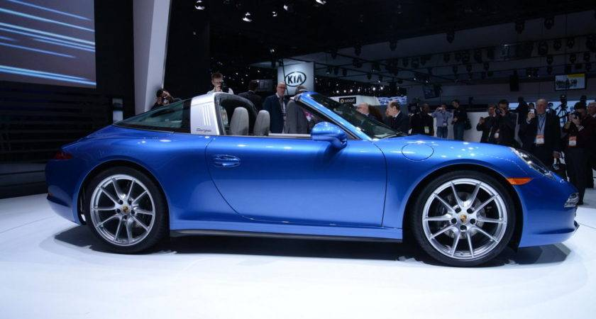 Porsche Targa Roof Operation Seems Needlessly Complicated
