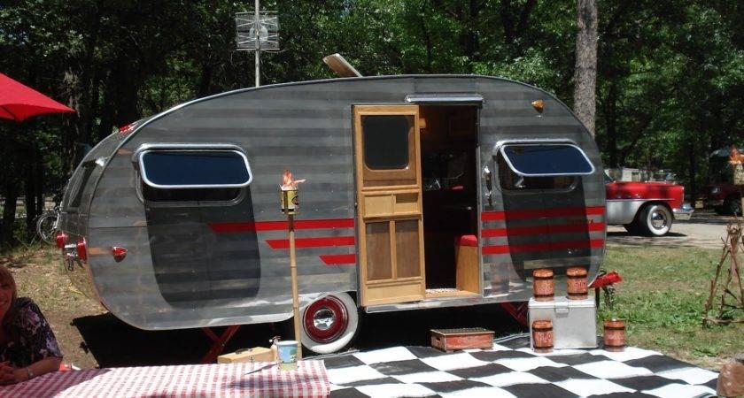 Port Crescent State Park Welcomes Vintage Camper Show July