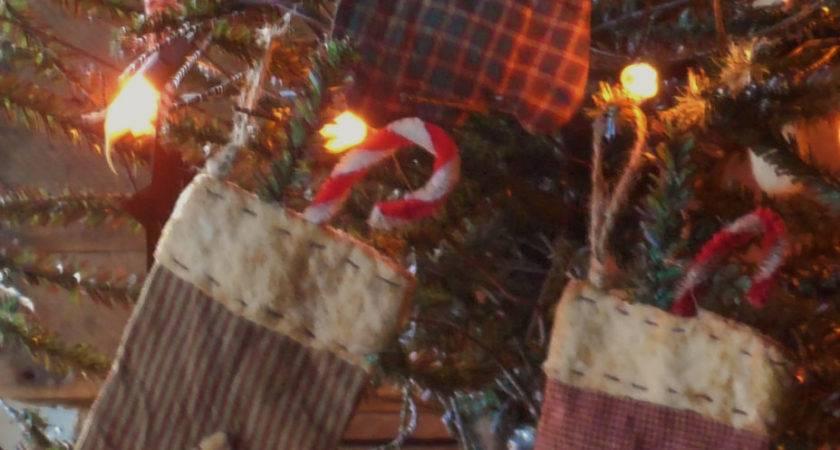 Primitive Grubby Handmade Christmas Mitten Ornaments