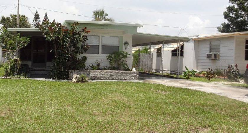 Quaint Florida Mobile Home Rental Petersburg