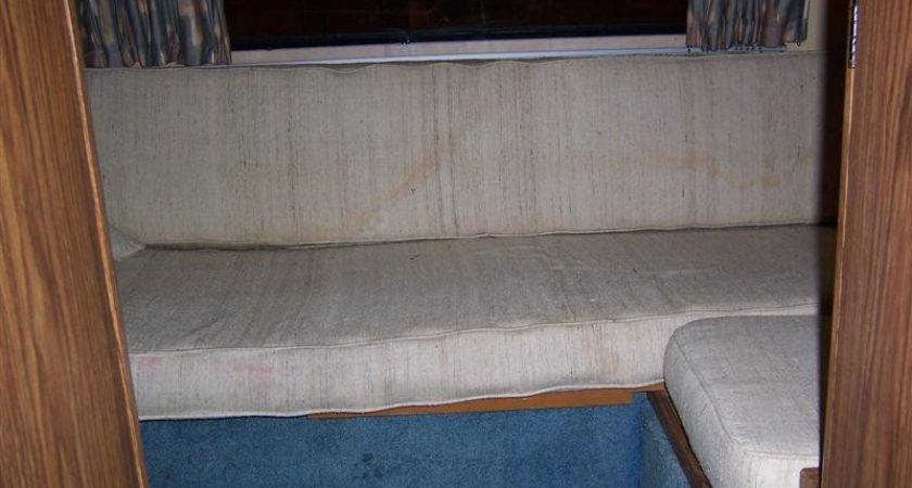 Rear Gaucho Bed Floor Plan Straight Back